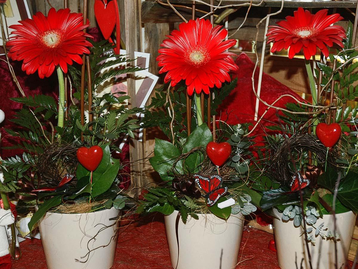 Addobbi floreali cresima fi23 regardsdefemmes - Decorazioni per cresima ...
